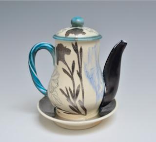 Teapot with Saucer    2