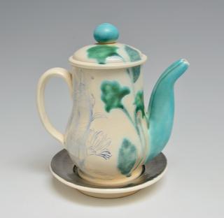Teapot with Saucer    3